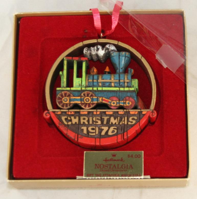 vintage christmas,hallmark,nostalgia,locomotive,1976