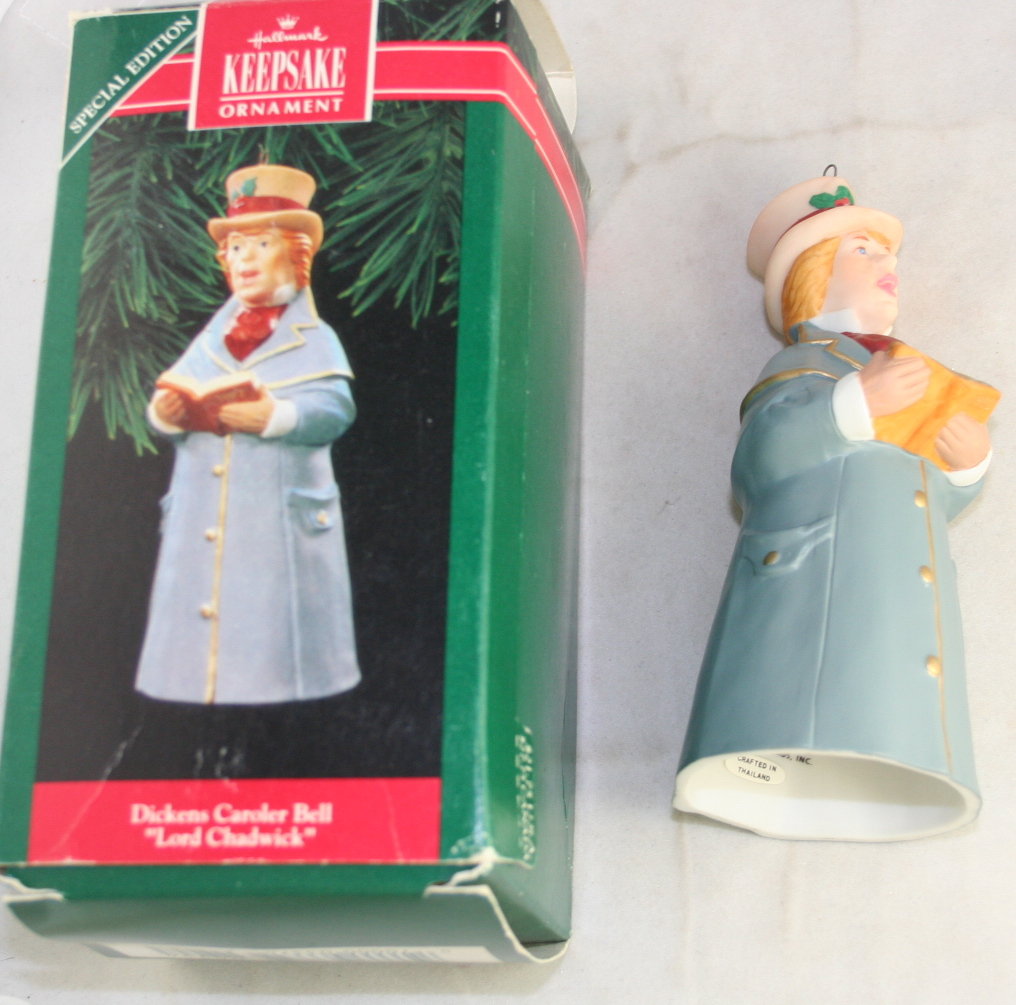 vintage christmas,hallmark,Dickens Caroler Bells,series,Lord Chadwick, 1992