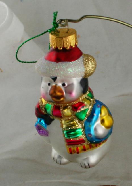vintage christmas,figural glass,penguin