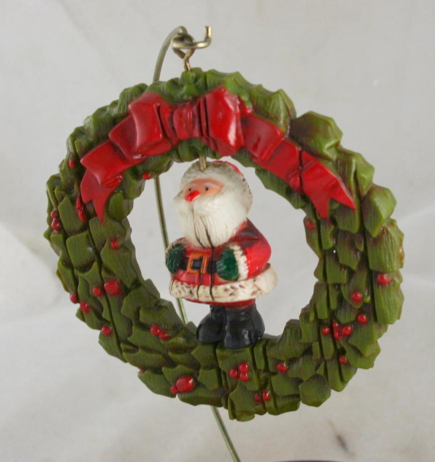 vintage christmas,Hallmark,Keepsake,1976,Santa,Twirl About