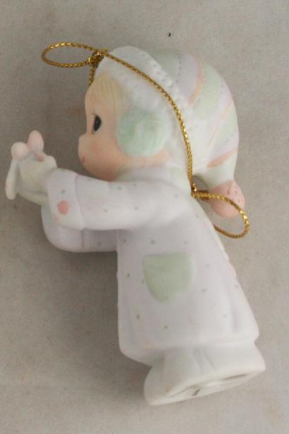vintage christmas,ornament,Precious Moments,I'll Send You a White Christmas,porcelain,bisque