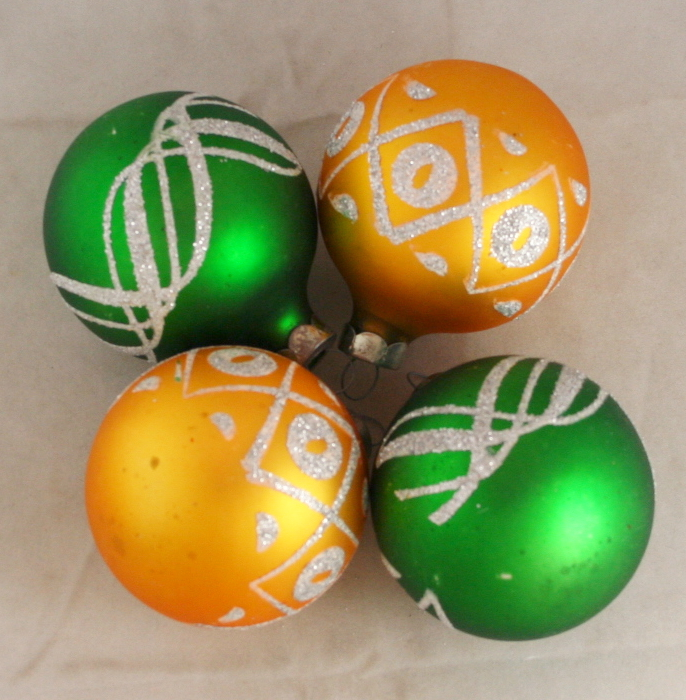 vintage christmas,ornament,glass ball,glitter decoration