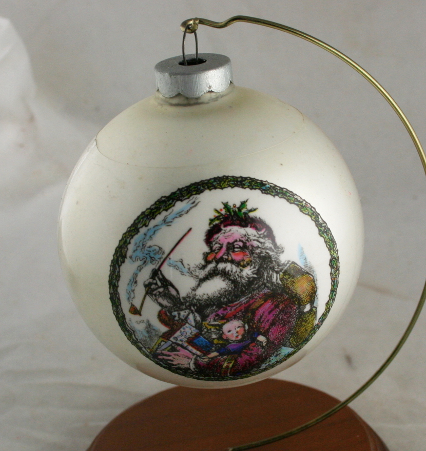 vintage christmas,ornament,glass ball,sleeved,Made in USA,Nast