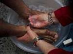 maundy thursday,footwashing